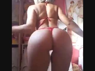 Секси девочка с аппетитной попочкой (Эротика со зрелыми женщинами, mature, MILF, Мамки, XXX)(hotmoms_18plus)