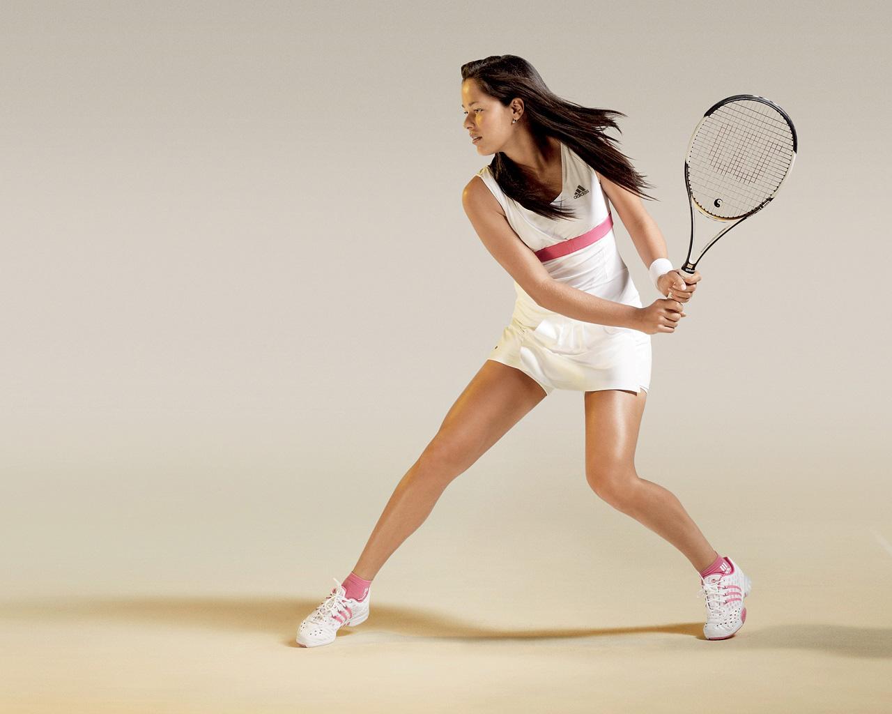 Какая бывает одежда для большого тенниса?