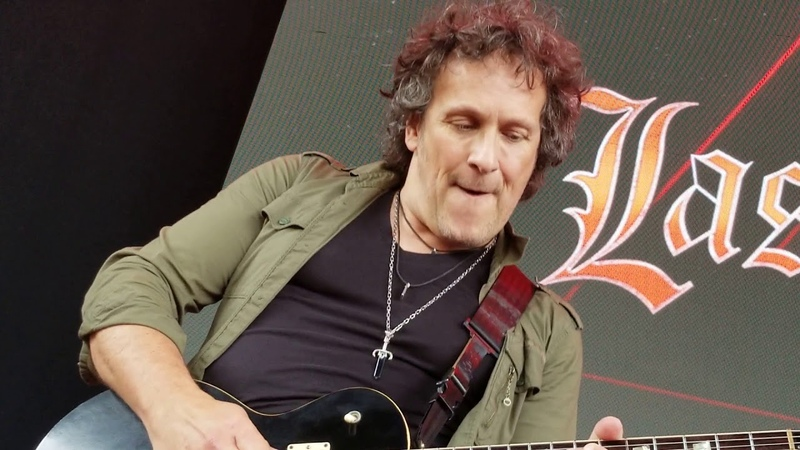 Holy Diver live @ M3 5518 Vivian Campbell amazing solo!