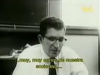 Manufacturing consent - Noam Chomsky y los medios de comunicación (Parte 1 de 2)