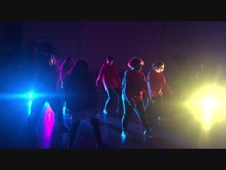 K-POP DREAM DAY - ONE4EVER - IKON - BLING BLING