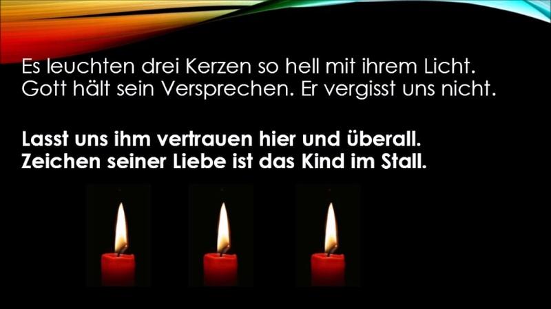 Das Licht einer Kerze ist im Advent erwacht