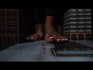 Giantess roma alien