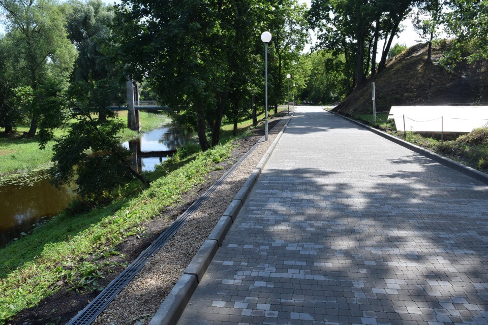 Асфальтированное шоссе — от Варшавки до Холмских ворот