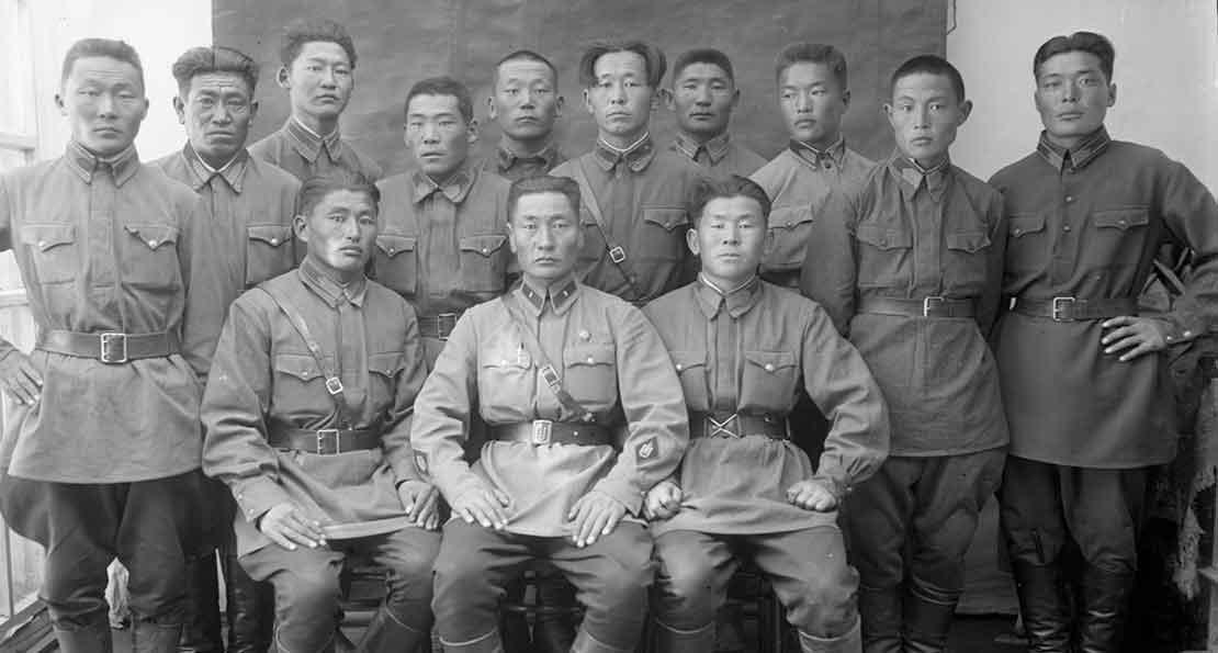Командиры армии МНР