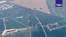 Фигуры высшего пилотажа авиагрупп Стрижи и Русские Витязи