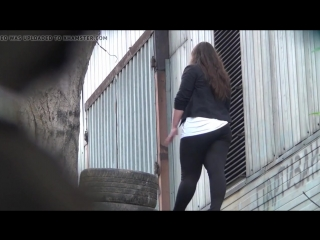 Blonde_and_brunette_teens_pissing_outdoors_720p