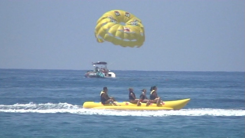 BANANA BOAT RIDE Mediterranean sea Alanya Turkey Катание на банане Средиземное море Аланья Турция