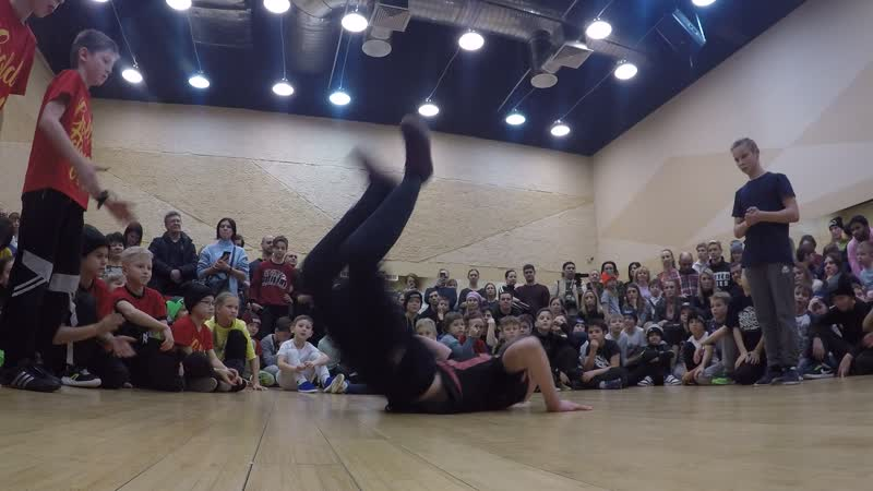 Gold Dance Crew vs Dain Il'ya - Lider Family Battle