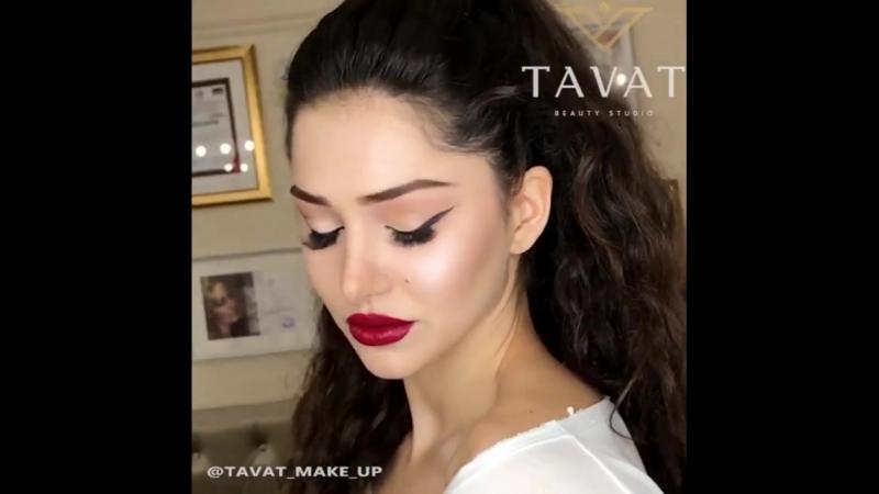 Такой женственный макияж