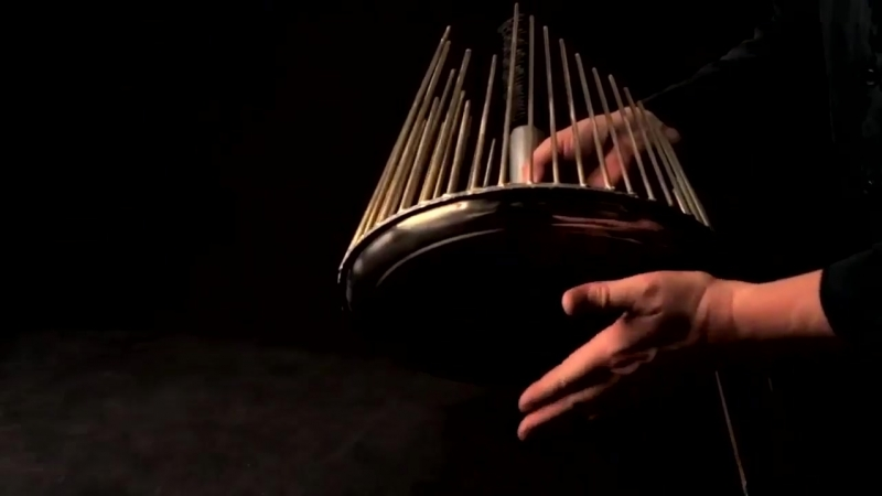 Музыкальный инструмент для фильмов ужасов