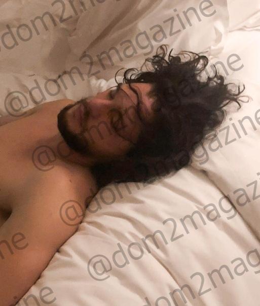 «Разочаровал на интимном уровне»: экс-участница «Дом-2» показала фото голого Кита Харрингтона «Дом-2» всегда славился скандальными участниками, которые своими неоднозначными выходками