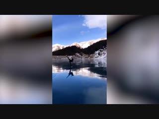 Чудо природы — Большое Алма-Атинское озеро просто создано для фигурного катания