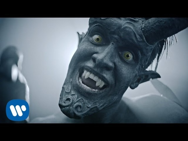 Panic! At The Disco Emperors New Clothes [OFFICIAL VIDEO]
