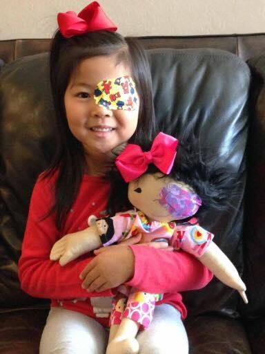 «Кукла, как я»: Волонтёр шьёт уникальных кукол для детей с физическими особенностями