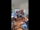 Танец с зонтиками!!!