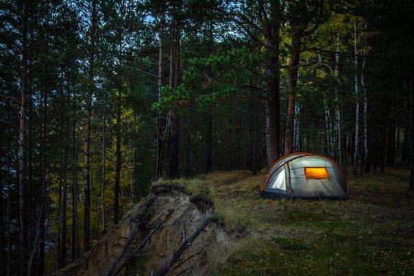 Романтика Не, туризм, дело хорошее. Палатка, костерок с котелком, природа. Животные разные симпатичные побегают, птички из клювов извергают различные ноты. Романтика, да и только. Это сейчас я