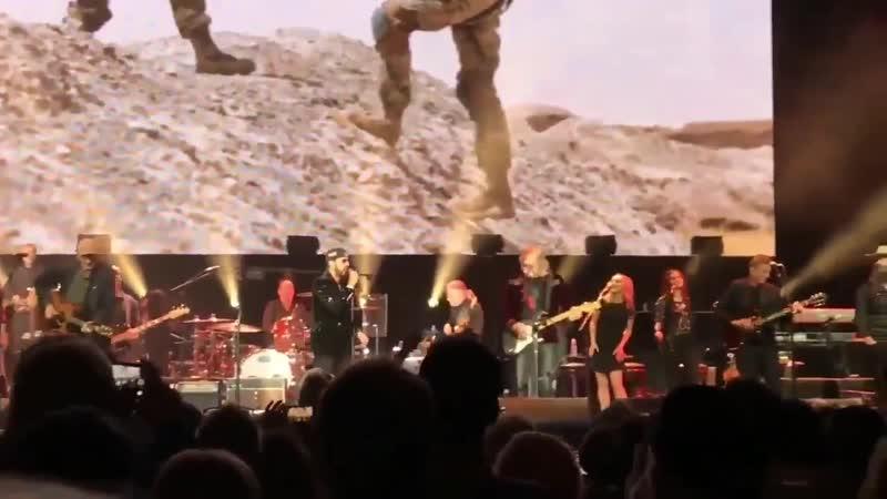 HAIM with Ringo Starr, Don Henley, James Taylor, Joe Walsh and Chris Stapleton @ VetsAid 2018