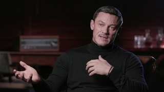 Anna - Itw Luke Evans (official video)