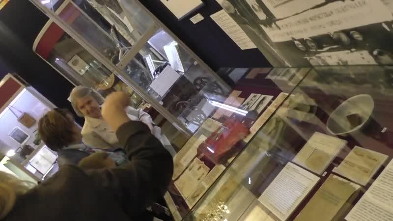 Экскурсия по выставке с участием юного экскурсовода Милены Макаровой