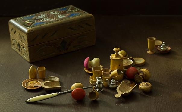 А вы знаете откуда взялось выражение «играть в бирюльки»
