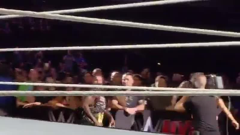 Р Труф появился на хаус шоу WWE