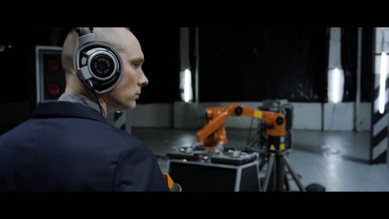 Nigel Stanford - AUTOMATICA (Robots Vs. Music).