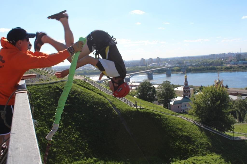 Афиша Нижний Новгород 14 июля/Прыжки/мост Федоровского