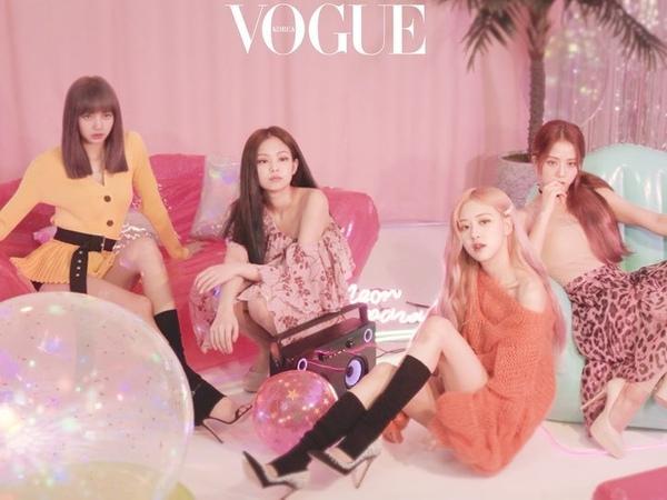 "Vogue Korea on Instagram ""KillThisLove 로 컴백하자마자 유튜브 1억 뷰를 달성하며 인기 고공 행진을 이어가는 블랙핑크💕 며칠 전 와 함께한 특별한 화보 촬영 현장을 공개합니다. 네 소녀의 사랑스러운 매력을 담은 화보는 보그 7월호..."