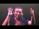 Pinkpop 18 Eddie Vedder (Pearl Jam) talking about the stagedive incident at Pinkpop 1992