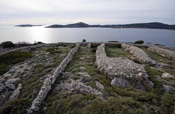 Остров Бальенак, который похож на отпечаток пальца