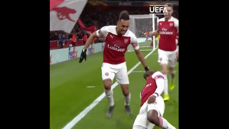 @Arsenal at their free flowing best These team goals UEL