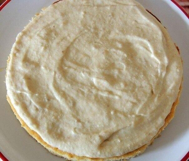 Нежный и сочный банановый тортик