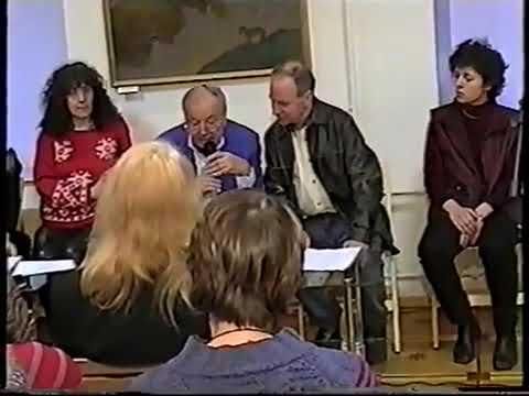 Алина Витухновская на 4 ом Всемирном Дне поэзии ЮНЕСКО ДООС