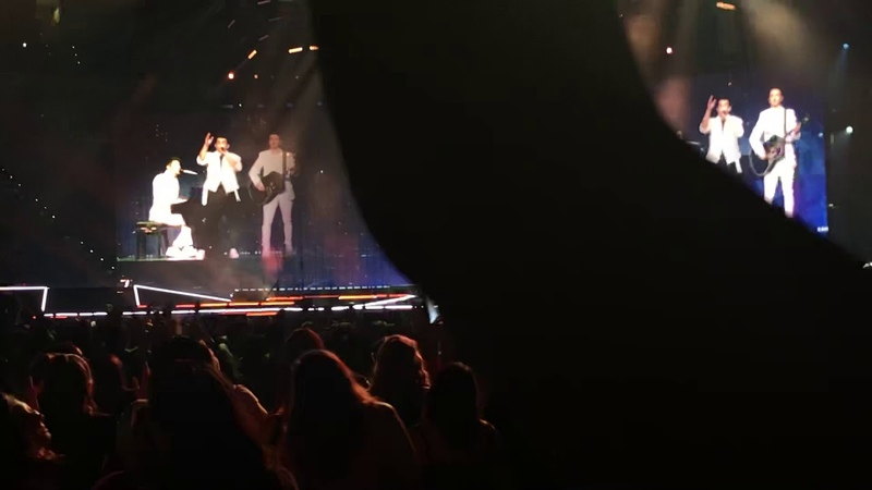 Jonas Brothers When You Look Me in the Eyes Raleigh NC 8 14 19