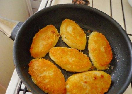 Готовим картофельные зразы с фаршем!
