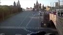 Водители не стали пропускать кортеж Путина в центре