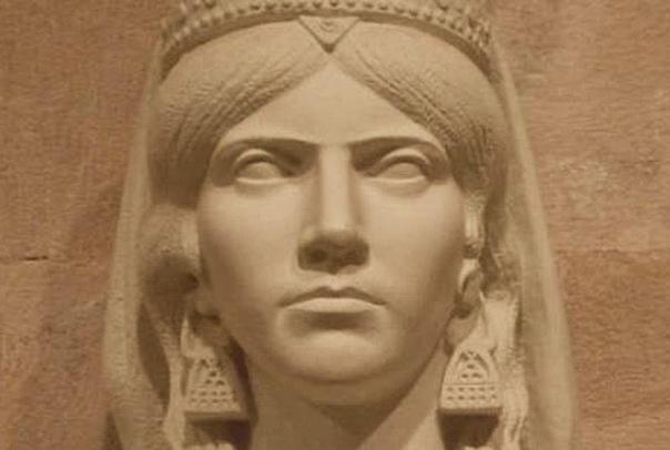 ПИРАТЫ. Группа морских бандитов, известных среди древних египтян как «народы моря», это одна из старейших преступных организаций, упоминаемых в письменной истории. Народы моря несли