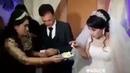 На свадьбе в Узбекистане жених ударил невесту