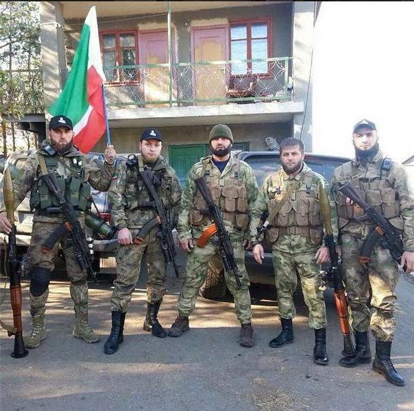 Как чеченцы воевали на Донбассе В той по сути гражданской войне чеченцы принимали участие с обеих сторон. Воевали и на стороне пророссийского ополчения, и на стороне украинской армии. Что