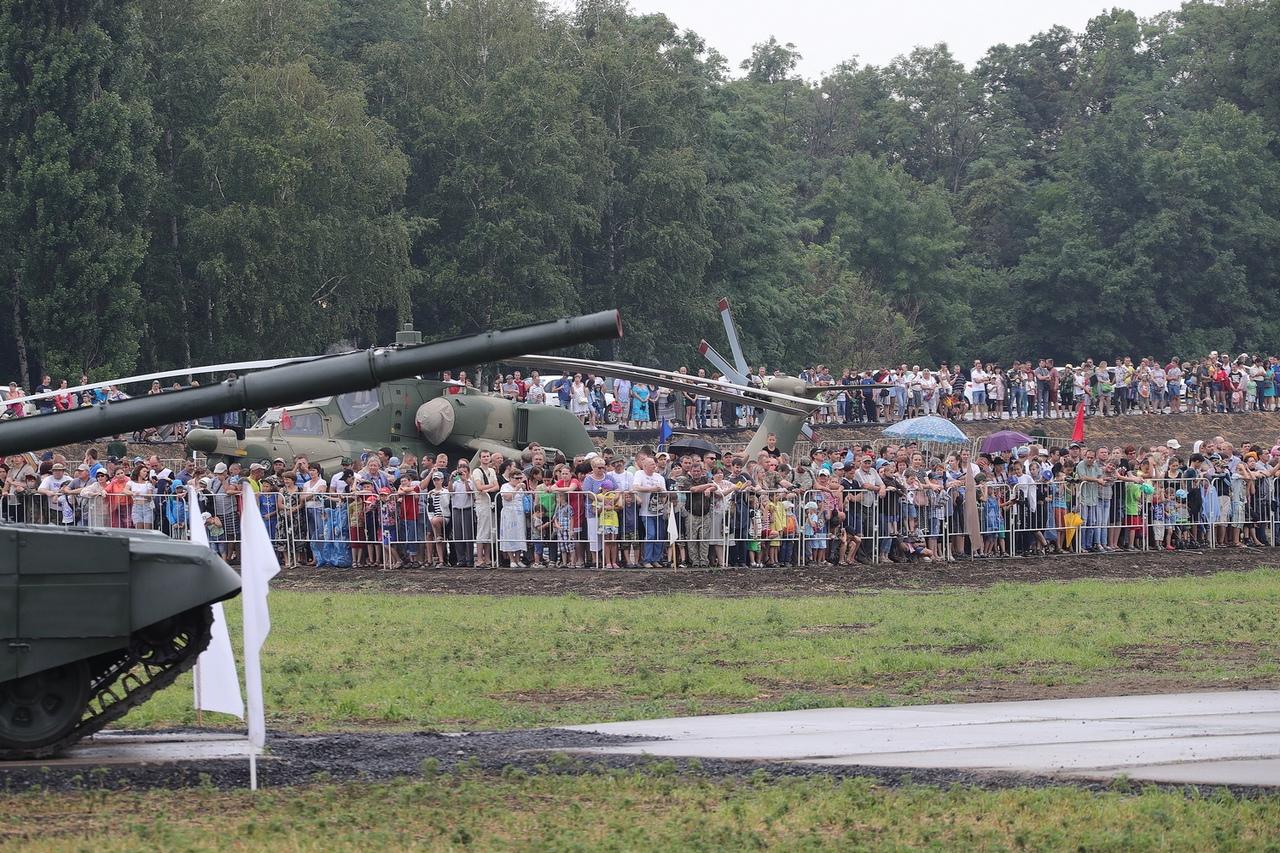 Около 80 тысяч жителей и гостей Дона посетили форум «Армия-2019» под Таганрогом