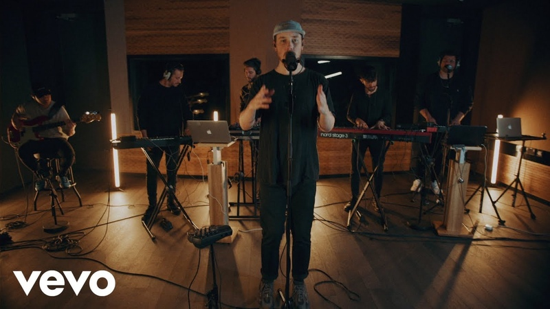 Meduza - Piece Of Your Heart (Live at Universal Music Studios, London 2019) ft. Goodboys