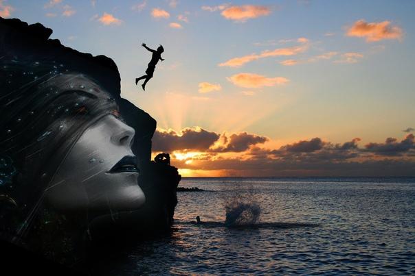 Коса невесты Мальчишка спрыгнул со скалы в море, пока его дед читал газету. Худое тело с треском пропороло бирюзовую гладь и траурно исчезло в пучине. Но через миг светловолосая голова вынырнула