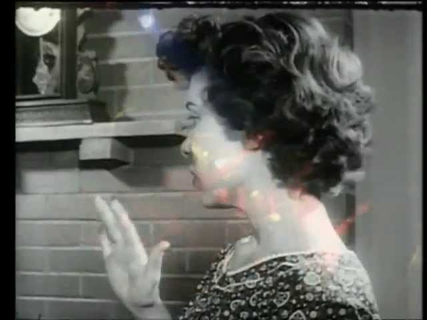 Throwing Muses Ruthie's Knocking Official Video