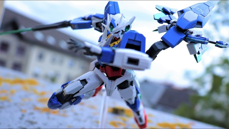 How To Pose Gunpla - Gundam Model Kit Posing Tutorial
