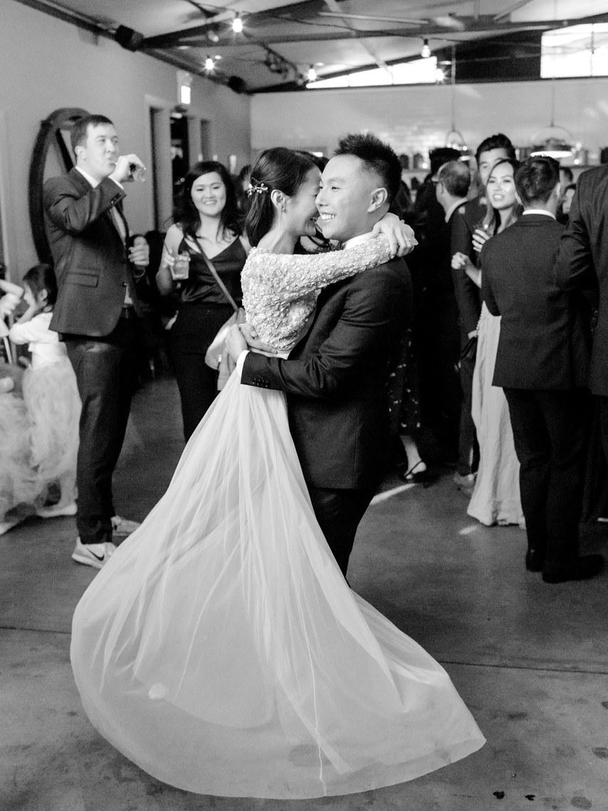 MkZGNG1cz10 - Как запустить рекламу услуг свадебного ведущего