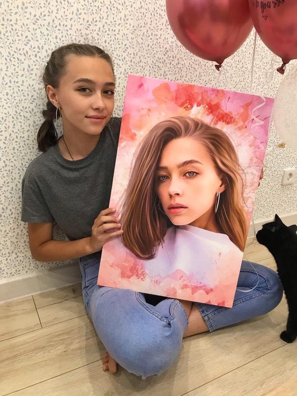 Сегодня получила и оплатила картину, которую заказывала в подарок для подруги. Очень довольна качеством! Первый раз вижу такое отношение к своей работе.
