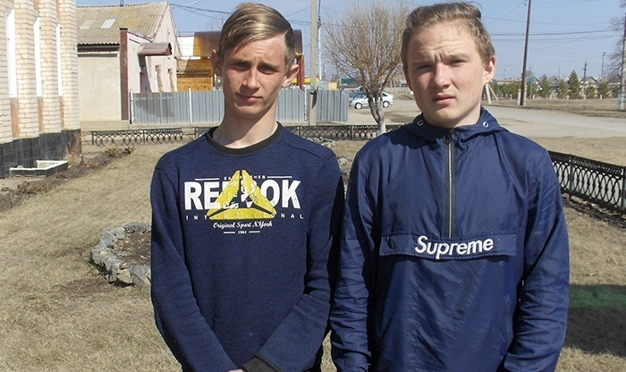 В Челябинской области три товарища-подростка вытащили из огня шестерых малышей