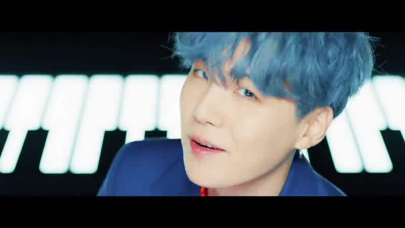 BTS (방탄소년단) '작은 것들을 위한 시 (Boy With Luv) feat. Halsey' Official MV ( 720 X 1280 ).mp4