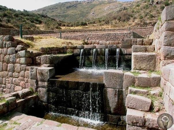 ТИПОН, Перу Всего в 30 километрах от Куско, в направлении юго-востока расположен один из самых удивительных памятников строительства древней, канувшей в лету цивилизации, археологический
